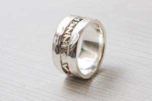 """""""Sinner"""" anello in argento"""