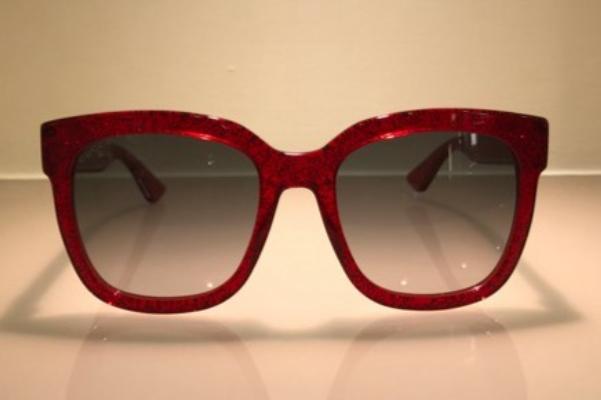 Occhiale da sole modello GG00345